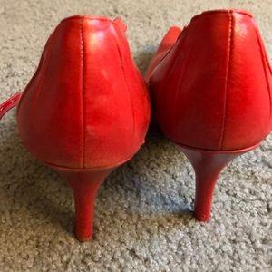 Nine West Shoes - Nine West Size 9 red pump heel strap